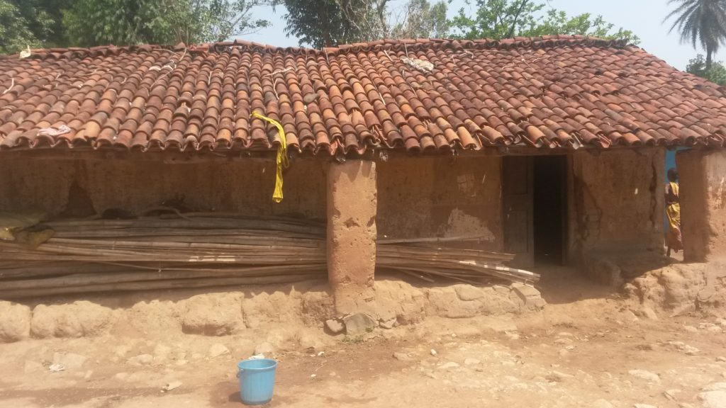 A mud hut in the village of Madarangajodi belonging to a relatively income poor family which has suffered the loss of the primary earner to silicosis due to talc mining. Photo: Indrajeet Rajkhowa